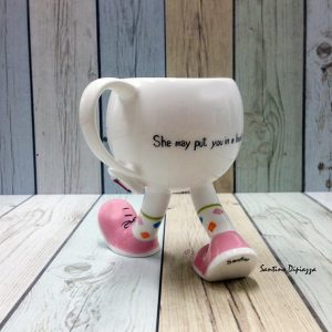 Walking coffee mug from WalkingPottery